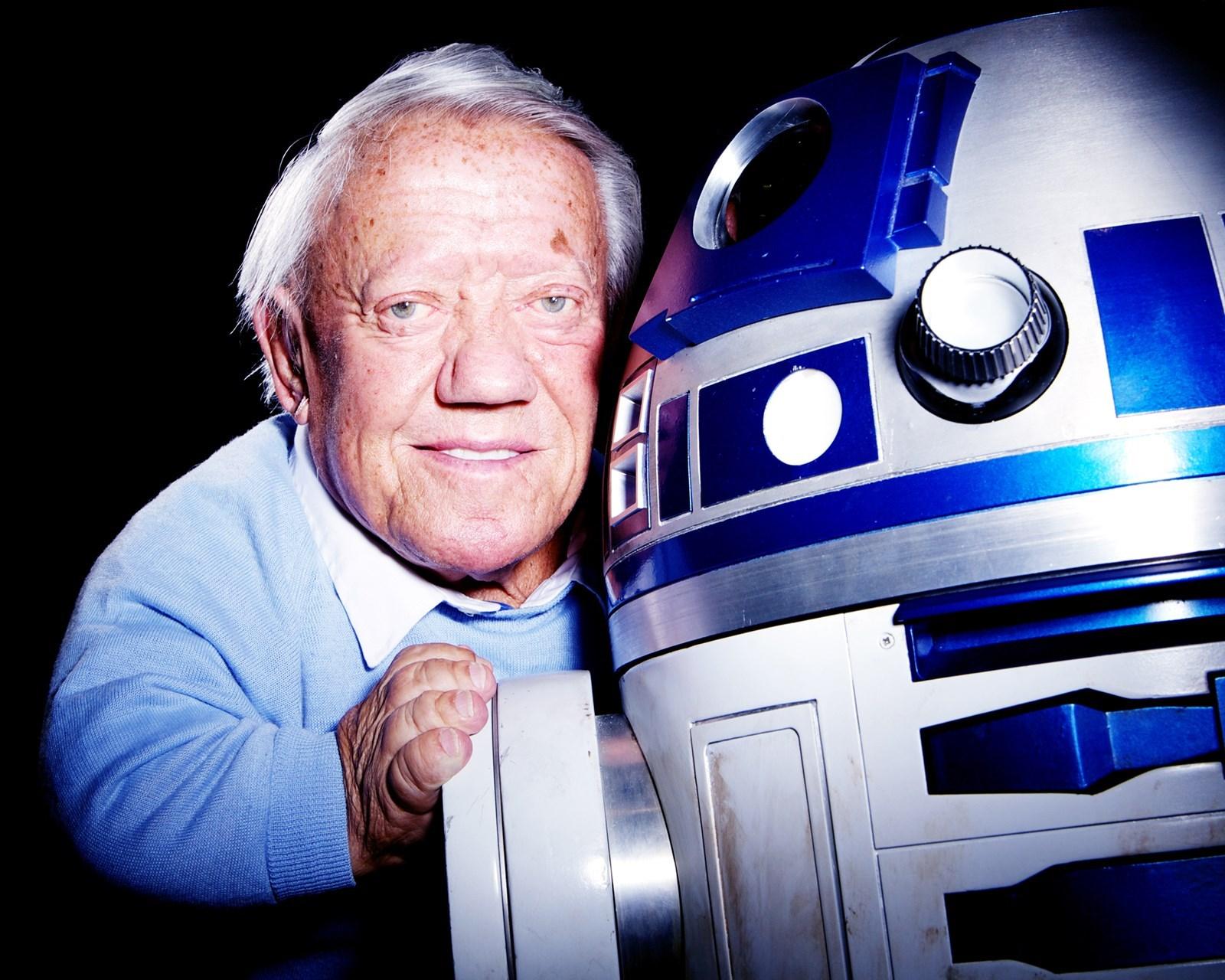 """Star Wars: muore Kenny Baker, il """"corpo"""" di R2-D2"""