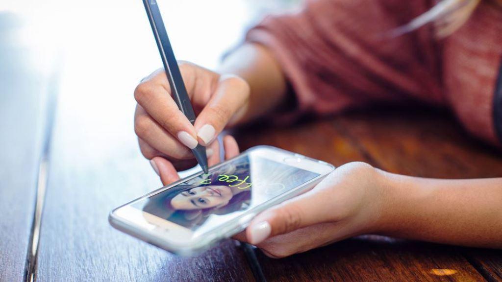 Adonit Snap, il pennino per gli amanti di Snapchat