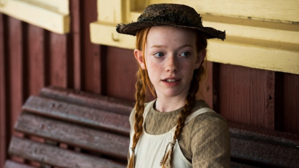 amybeth-mcnulty-as-anne-shirley-in-anne-970x545