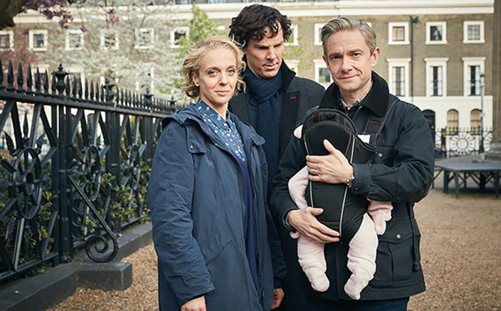 """Sherlock S04, nuove immagini dal set: il detective diventa """"zio"""""""