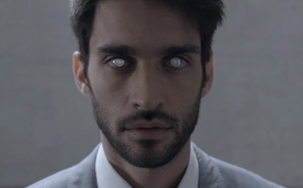 black-mirror-netflix-vista-ad-parody-00