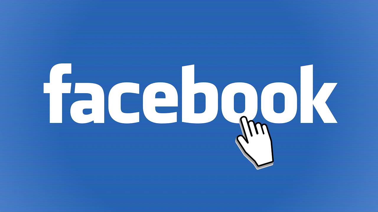 Anche Facebook si lamenta dei costi di Apple