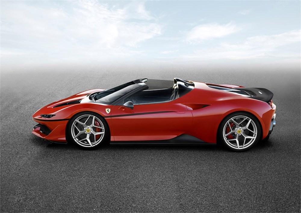 Vi presentiamo la nuova Ferrari J50