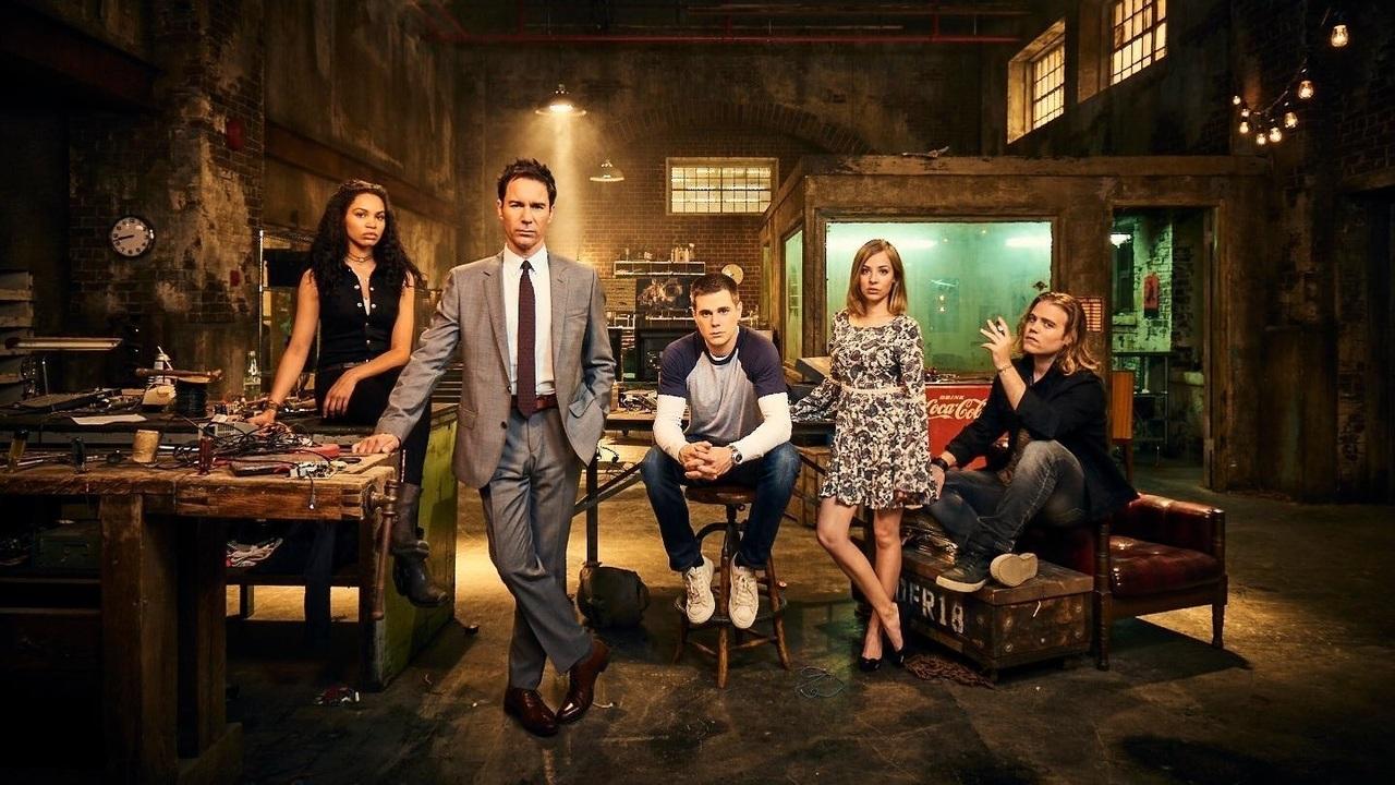 Travelers, la nuova serie fantascientifica di Netflix