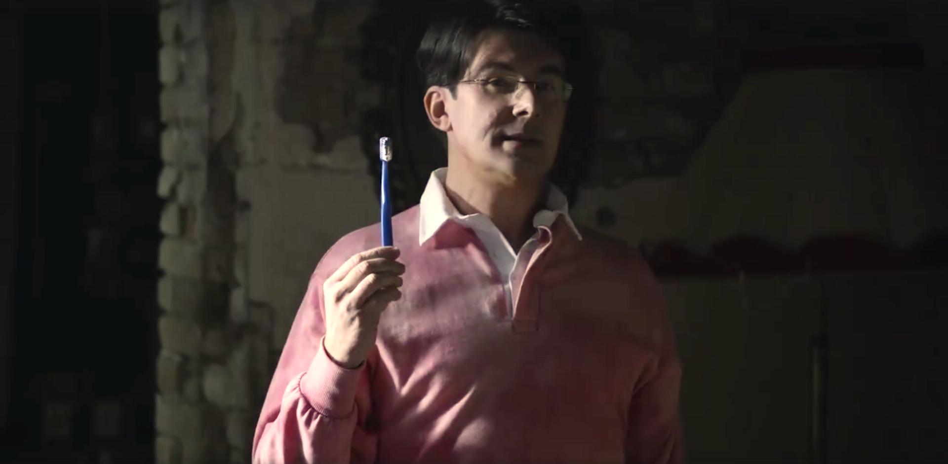 Netflix, Giovanni Muciaccia protagonista di un nuovo spot
