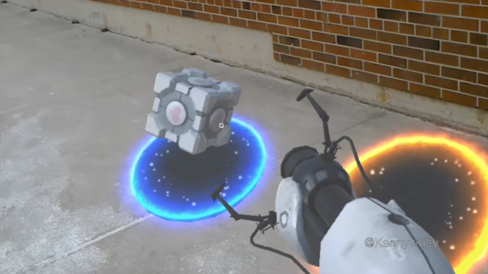 Portal, la demo fan made per HoloLens