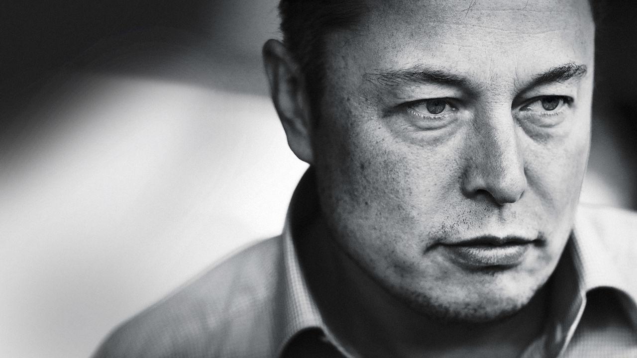 Elon Musk lancia Neuralink per collegare cervello e I.A.
