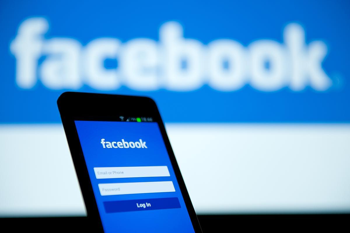 """Facebook sta testando su Messenger le reazioni e il """"dislike"""""""