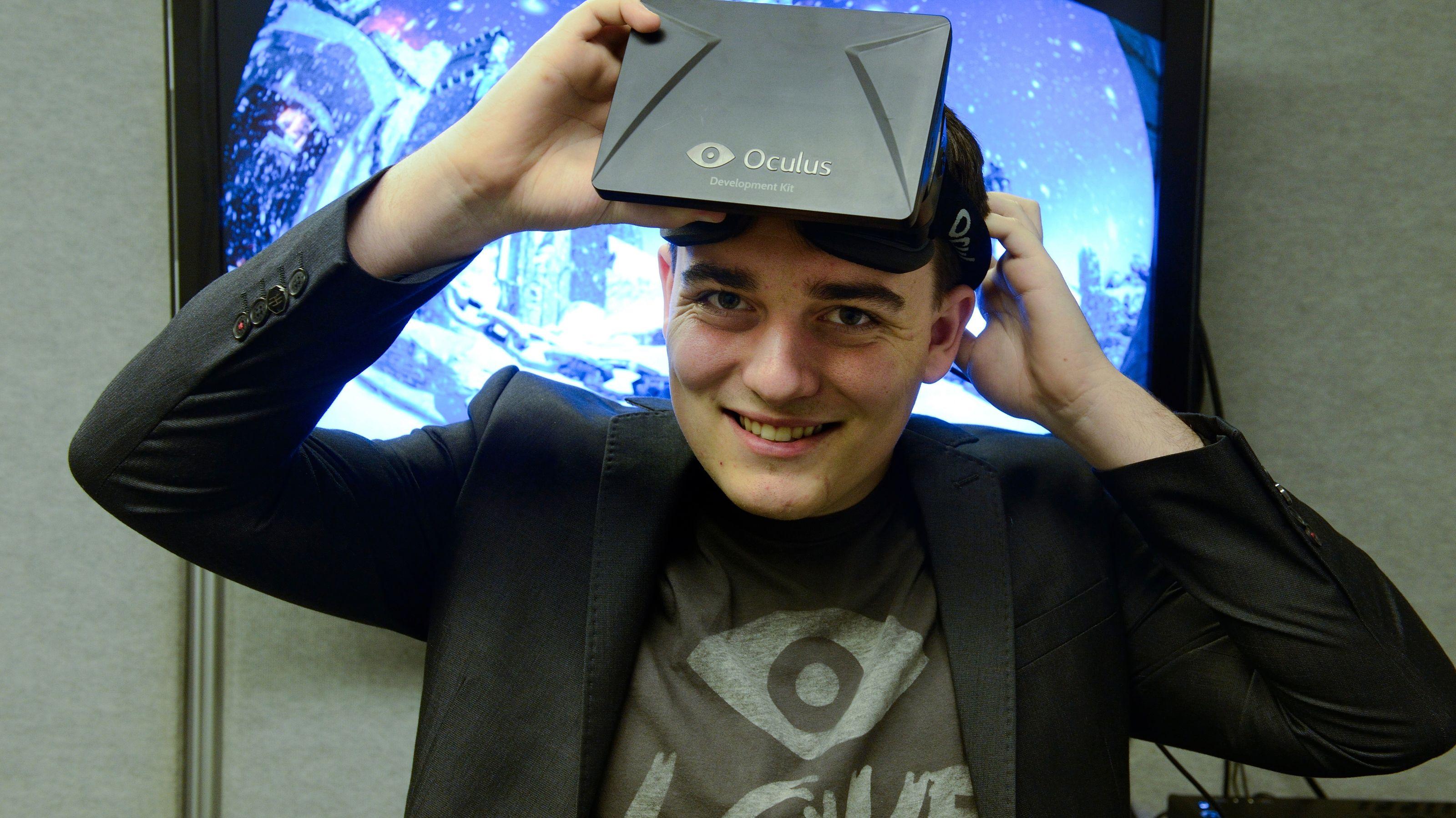Il co-fondatore di Oculus, Palmer Luckey, lascia Facebook