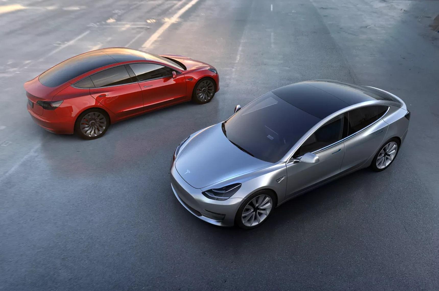 Tesla Model 3: 215 miglia senza inquinare per luglio 2017