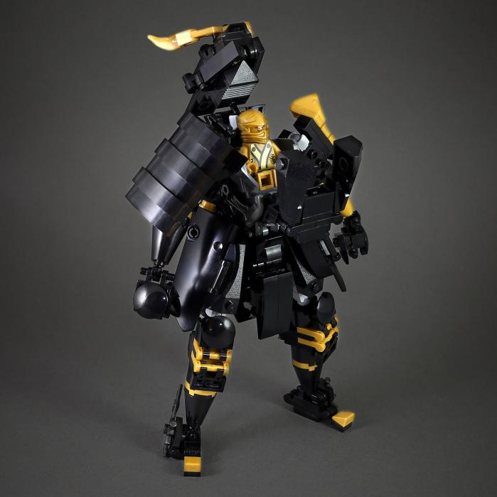 Black Samurai mech