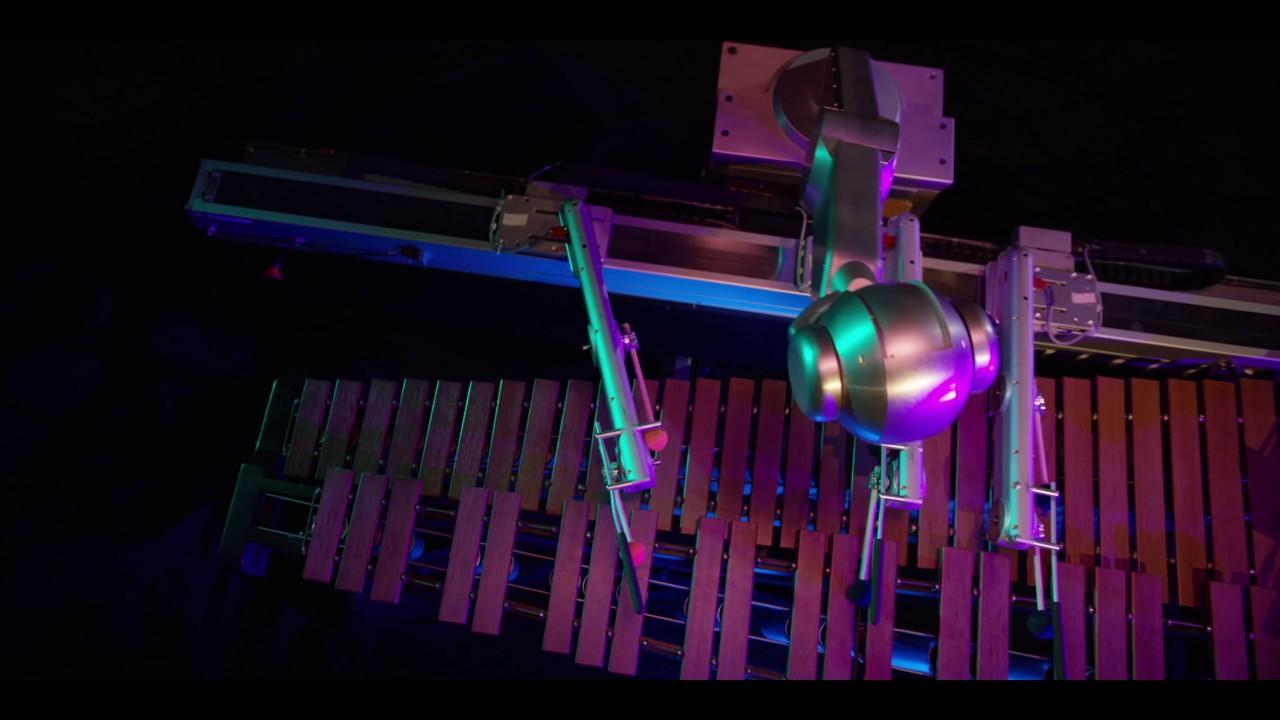 Shimon, un robot con Intelligenza Artificiale che suona la marimba