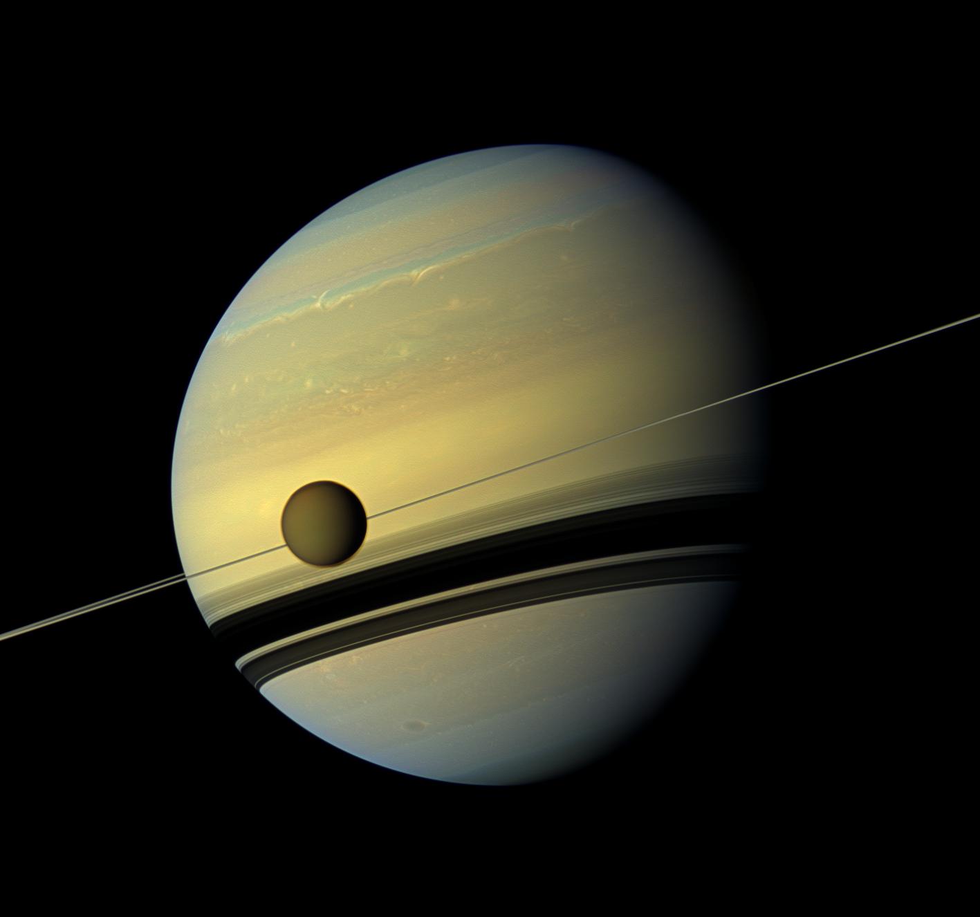 Titano, scoperto un lago di metano profondo oltre 300 metri