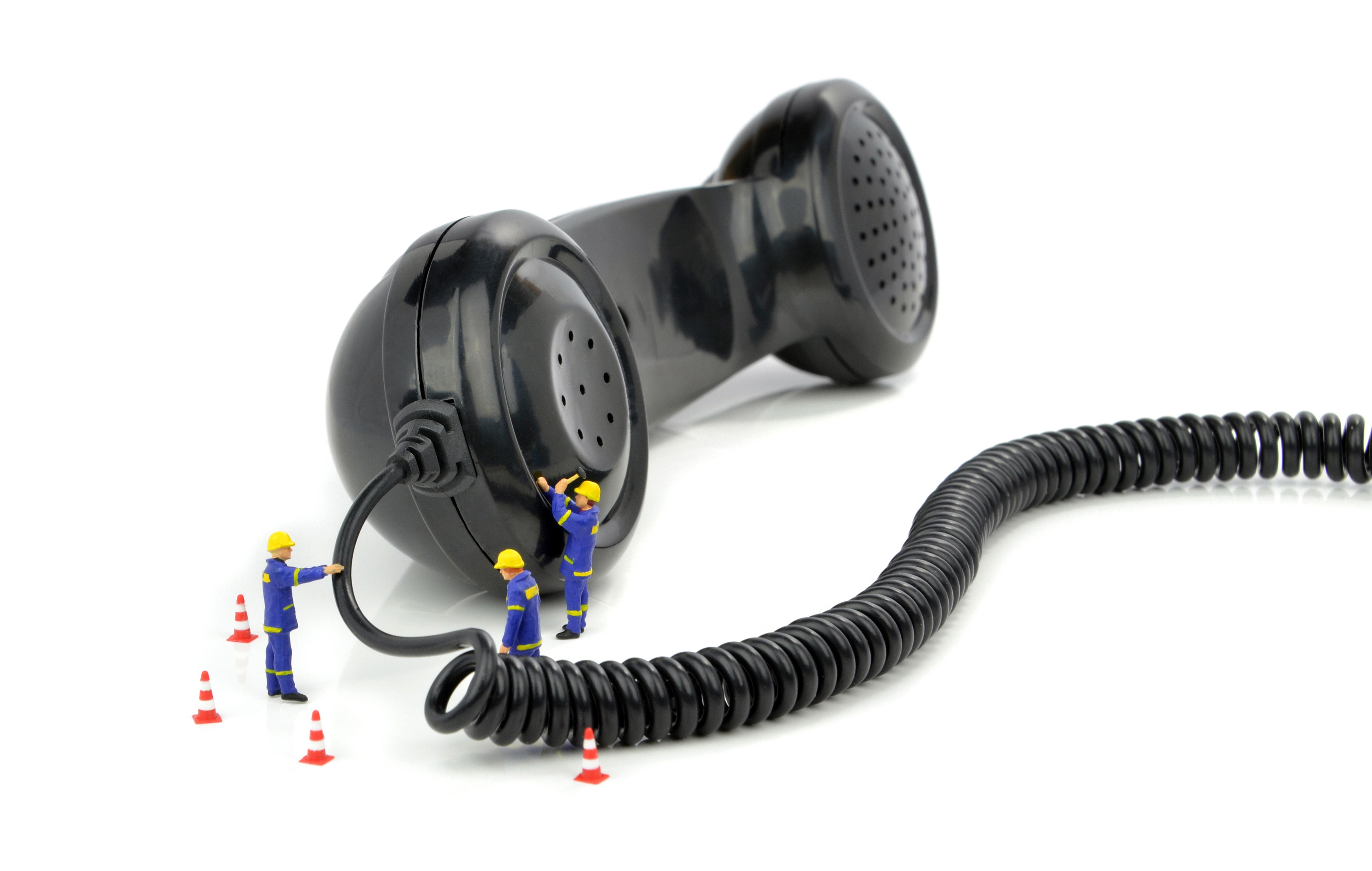 Come tutelarsi in caso di problemi con la compagnia telefonica