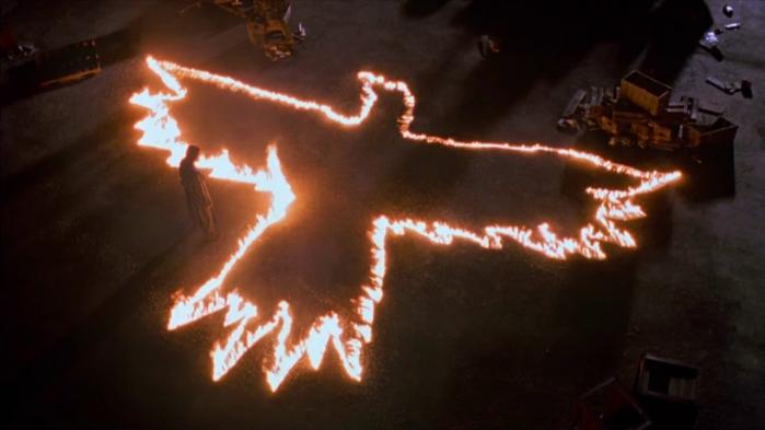 il-corvo-simbolo-fuoco