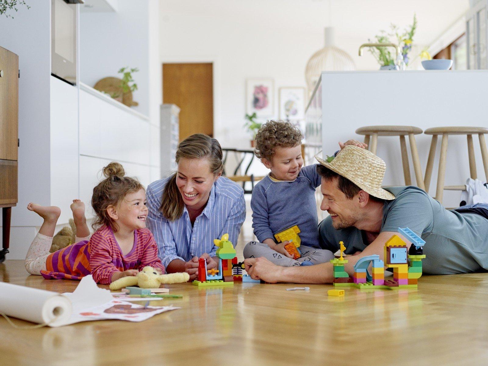 """LEGO DUPLO e la campagna """"Do not disturb playtime"""" per combattere la dipendenza da social"""