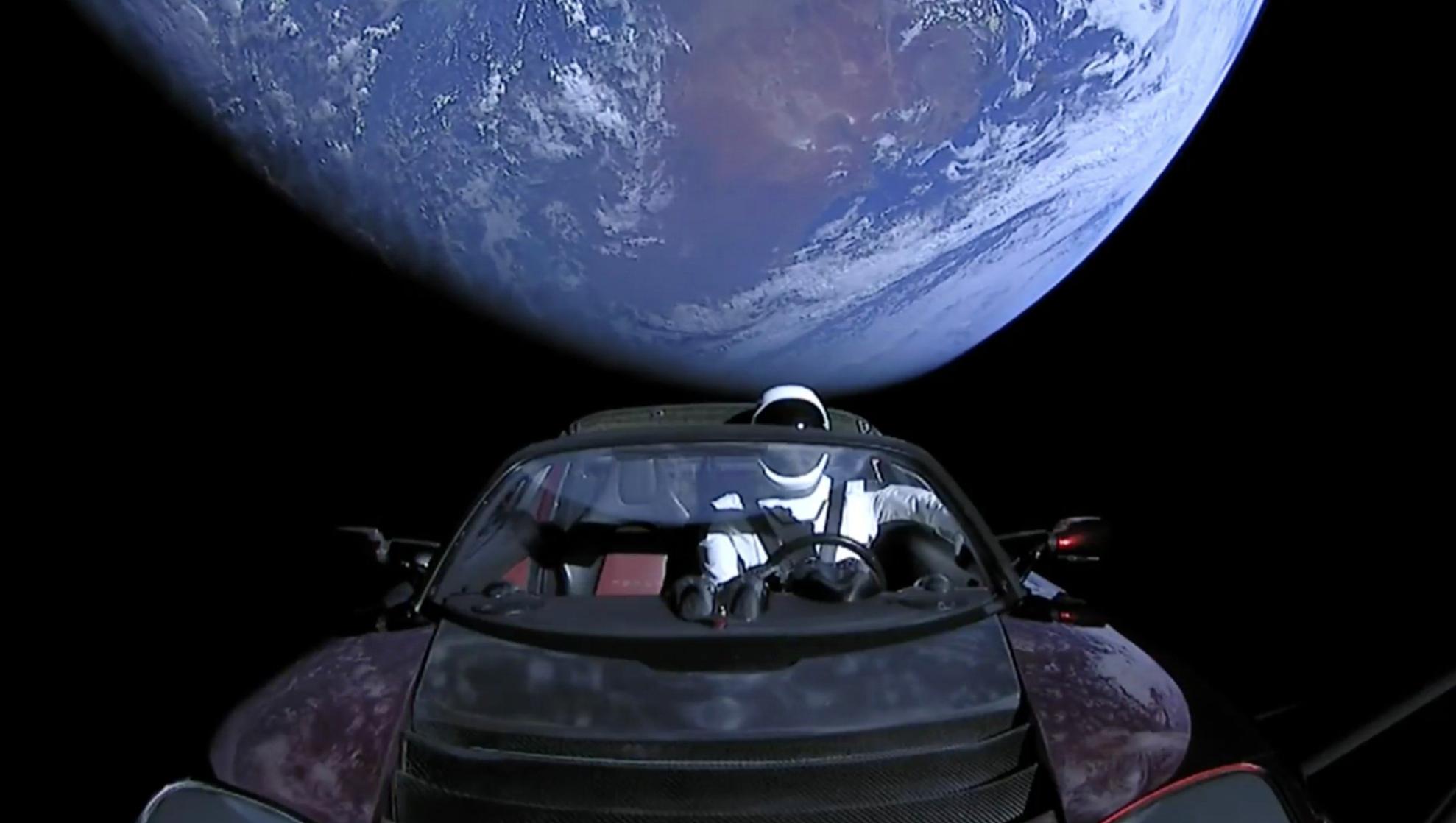 La Tesla di SpaceX seguita in tempo reale