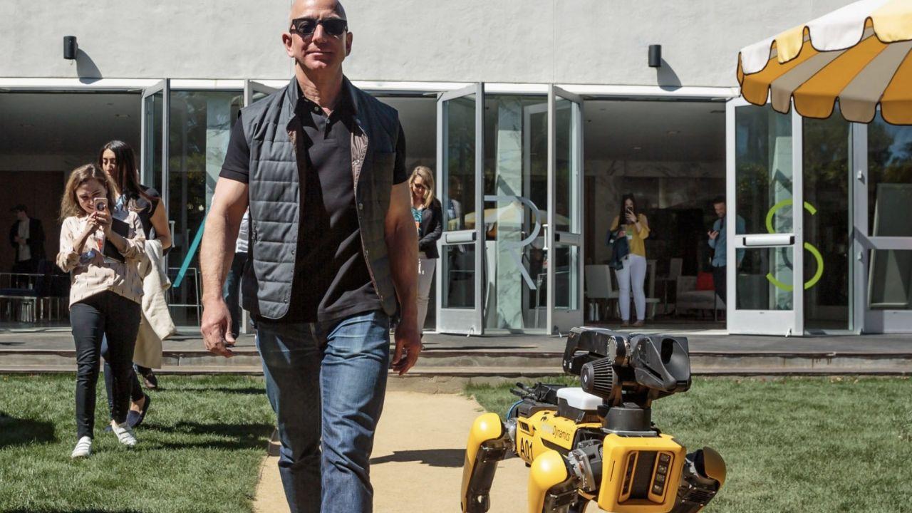 Jeff Bezos si prepara a lasciare la poltrona di CEO di Amazon, nel 2021