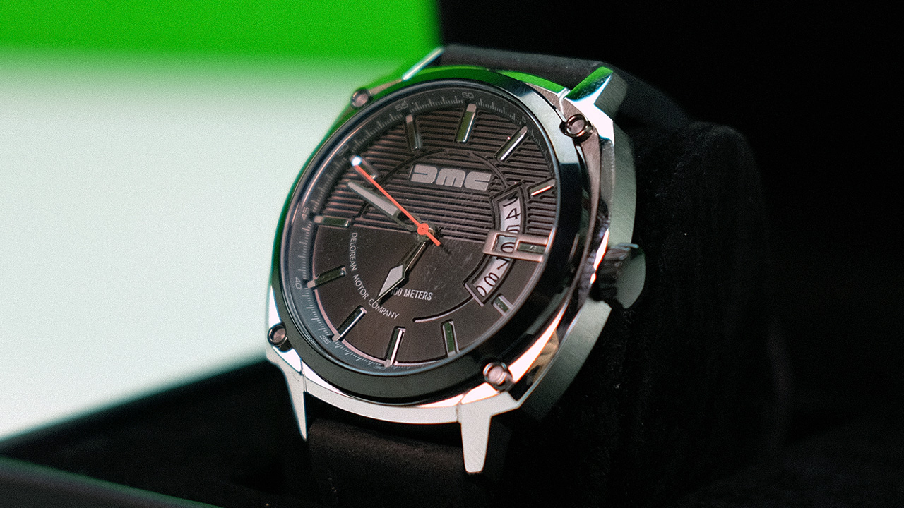 L'orologio della DeLorean! DMC Watch Alpha Black