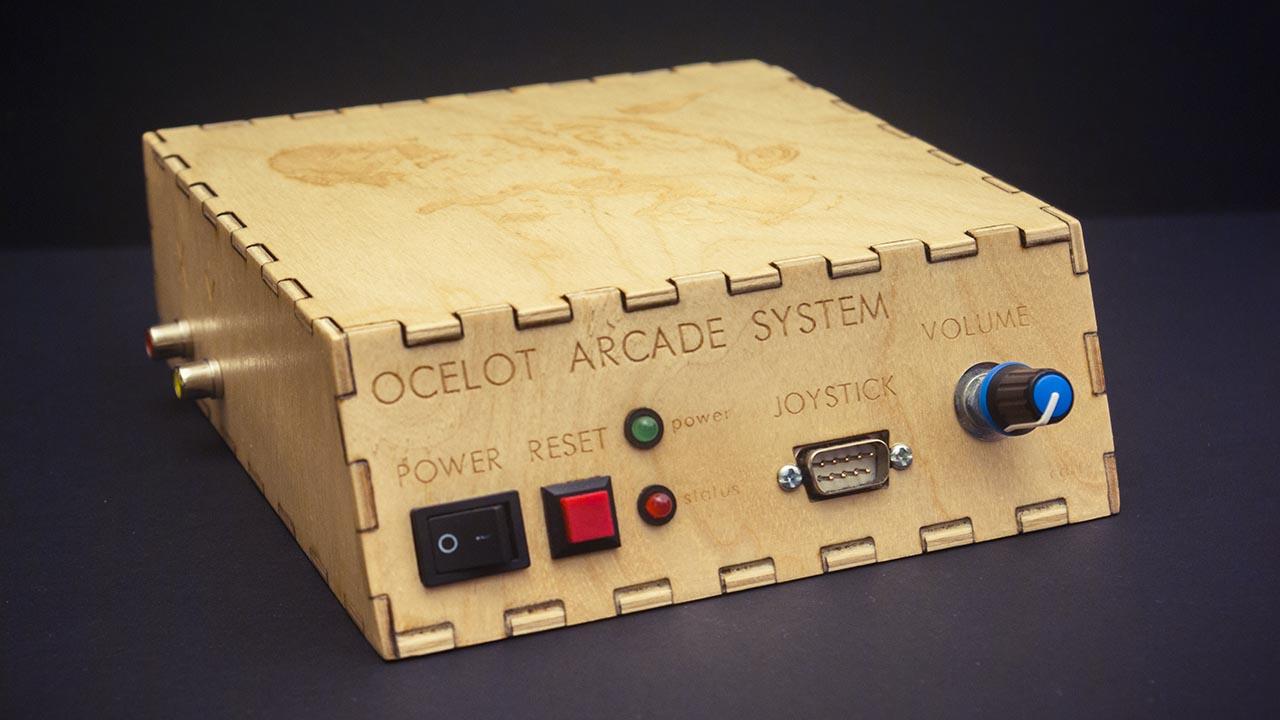Ocelot Arcade System, una console che ha come schermo un oscilloscopio