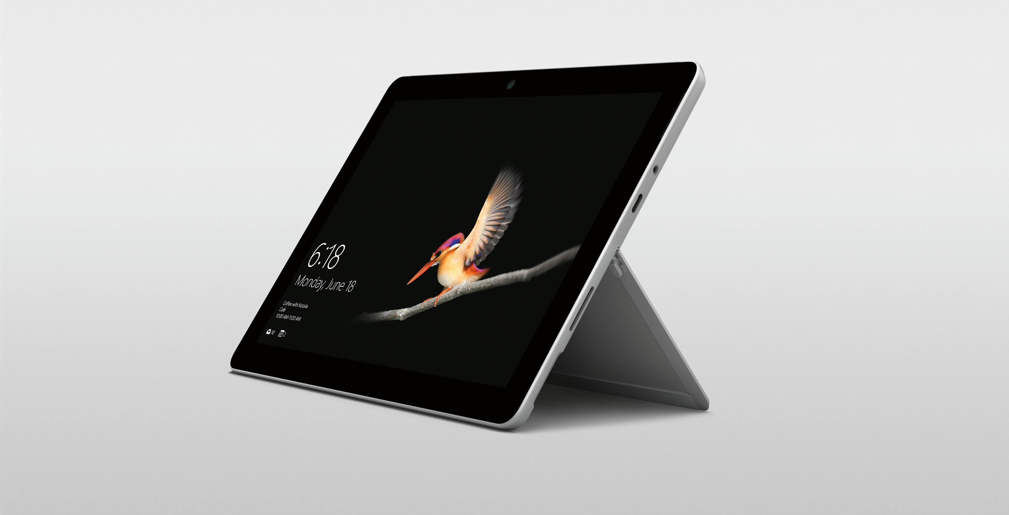 Microsoft lancia Surface Go, un nuovo tablet per la fascia economica
