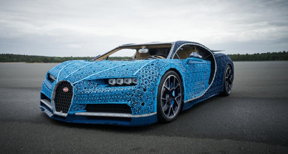 Rivelata la Bugatti Chiron LEGO Technic a grandezza naturale