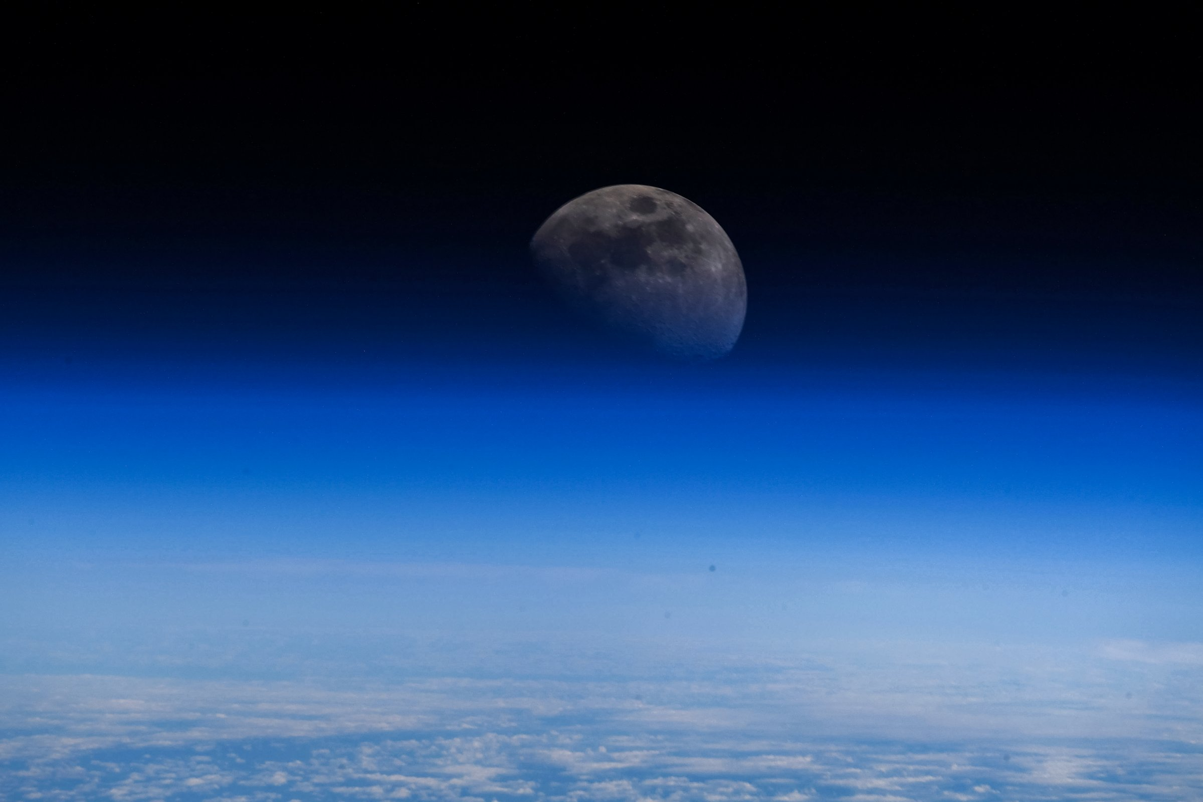 Arriva la conferma definitiva di presenza di ghiaccio sulla Luna