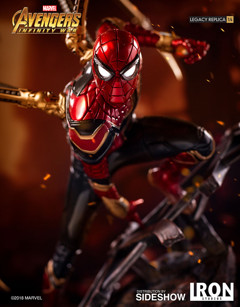Iron Spider-Man Statue by Iron Studios