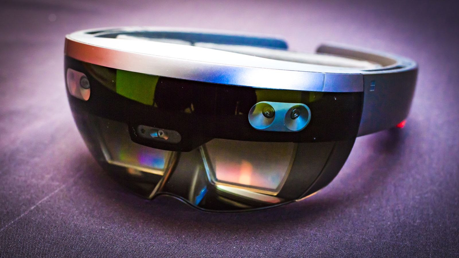 Contratto da 480 milioni di dollari tra Microsoft e l'Esercito degli Stati Uniti per le Hololens