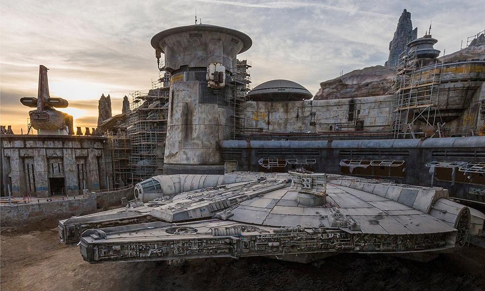 In arrivo uno sneak peek di Star Wars: Galaxy's Edge durante il giorno di Natale