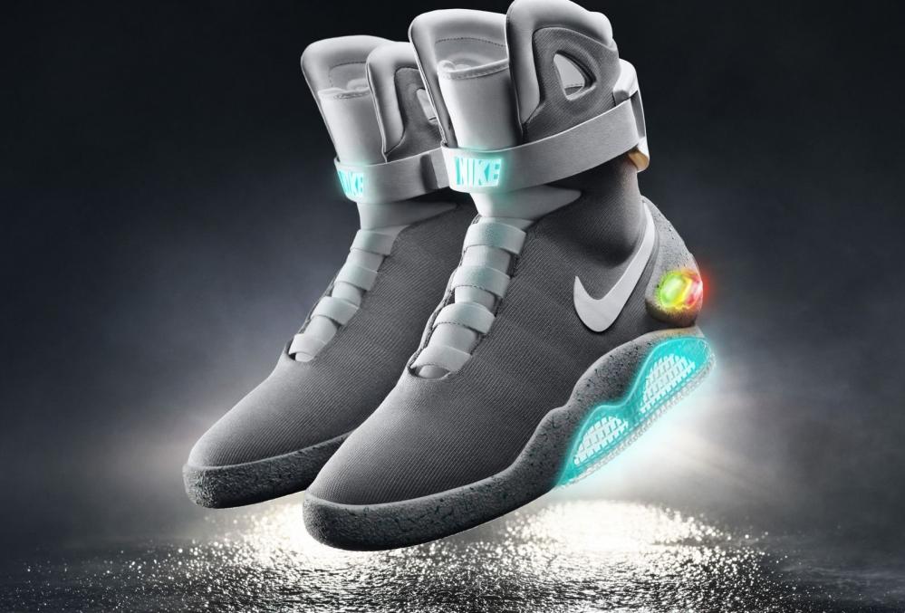 2154dd80a Le nuove Nike con allacciatura automatica dovrebbero essere presentate il  prossimo anno, si tratta di una scarpa da basket ad un prezzo relativamente  ...