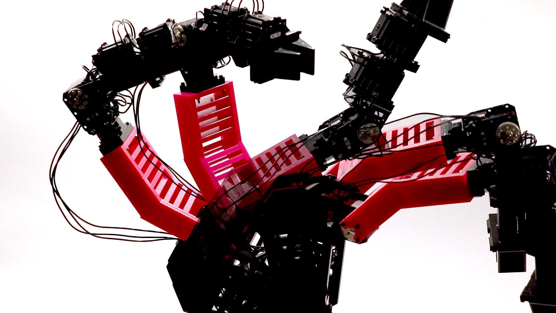 """Un robot che può """"immaginare sé stesso"""" è stato creato alla Columbia University"""