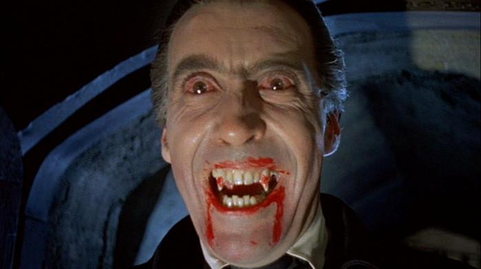 Christopher Lee nel ruolo di Dracula per la Hammer Film