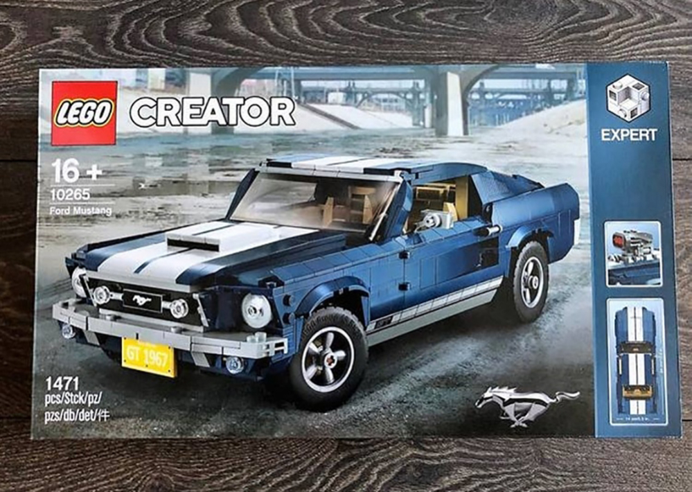 il set lego creator della ford mustang avvistato su ebay leganerd. Black Bedroom Furniture Sets. Home Design Ideas