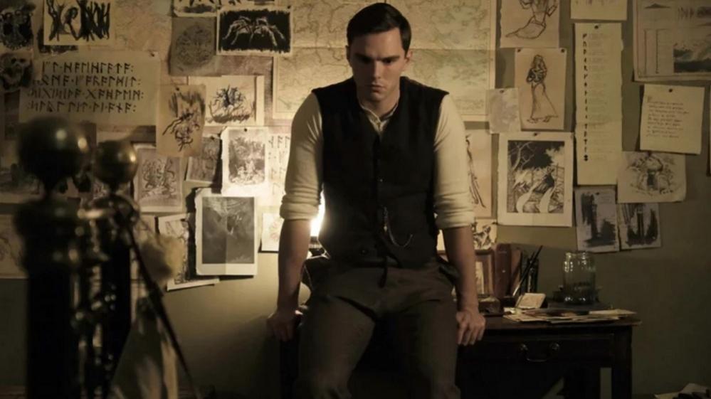 Tolkien: ecco il primo trailer ufficiale del biopic sullo scrittore