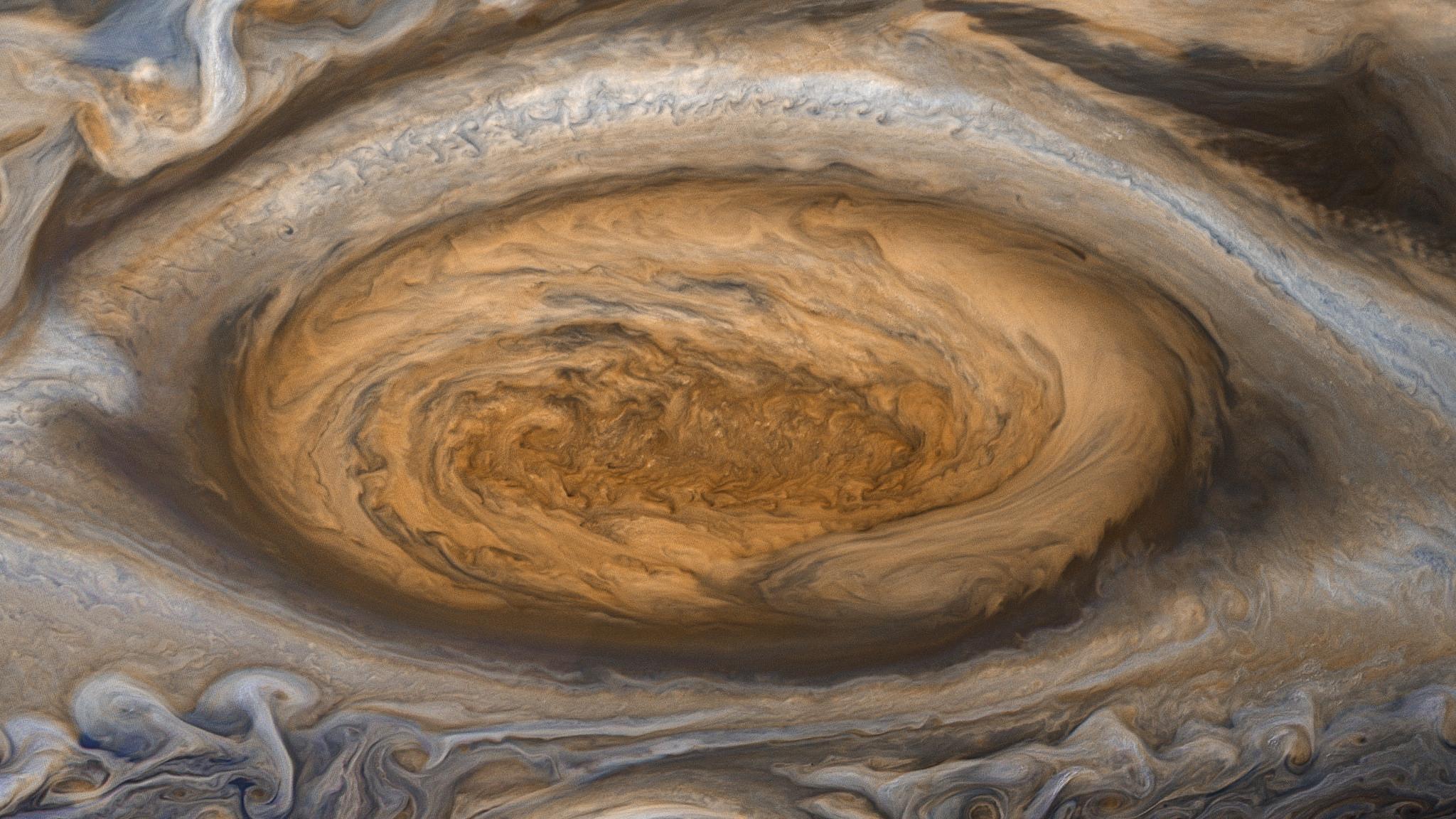 La sonda Juno registra variazioni nel campo magnetico di Giove