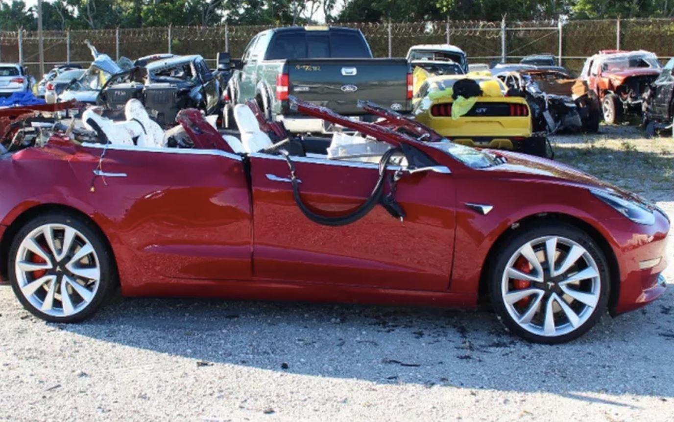 Un nuovo incidente mortale riapre la diatriba sull'autopilot di Tesla