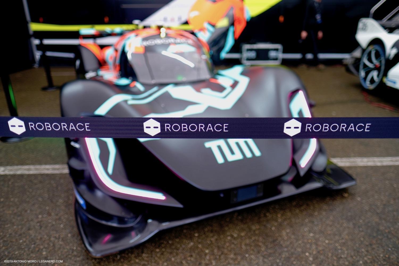 Roborace: il futuro del motorsport è nerd