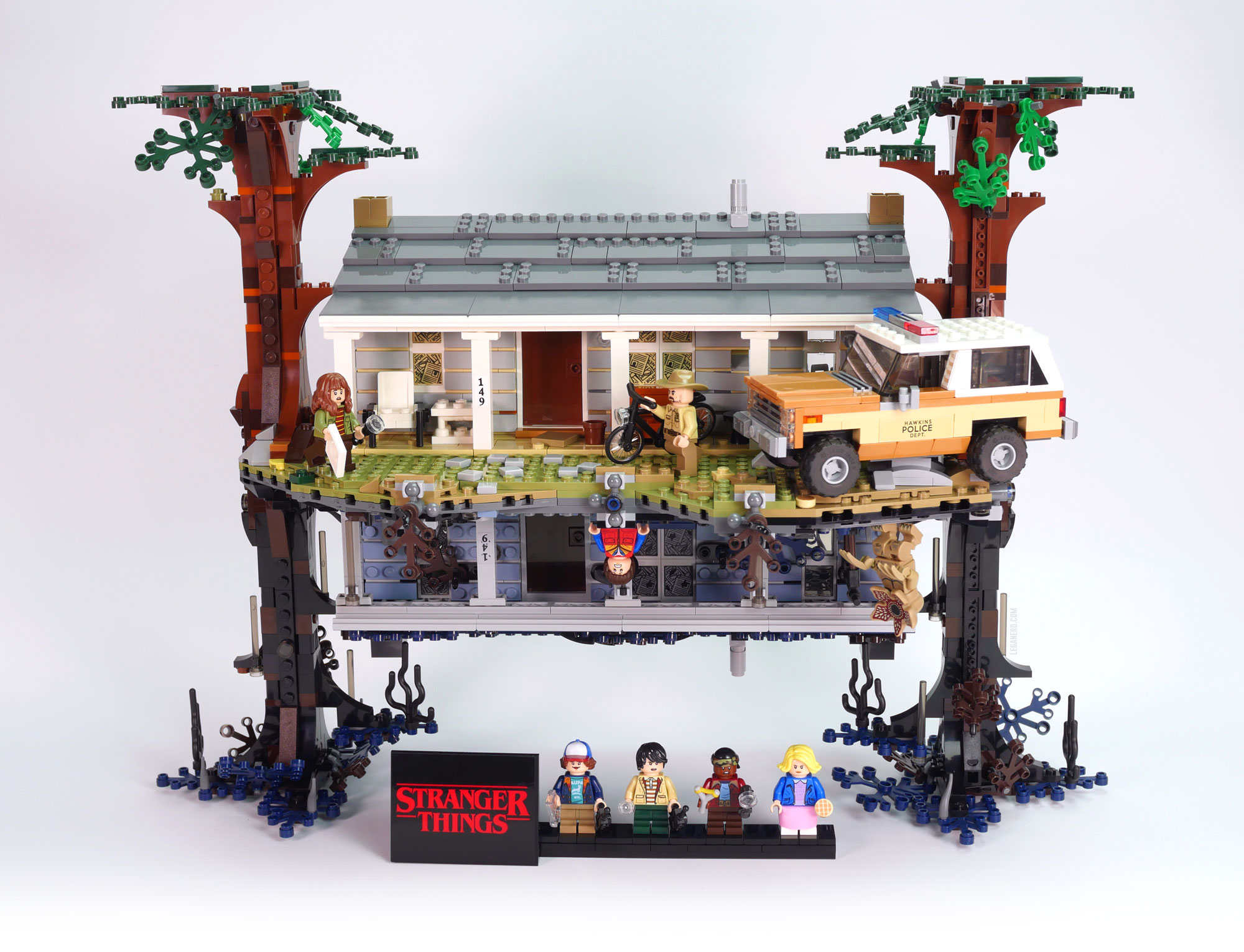 Lego Stranger Things: The Upside Down