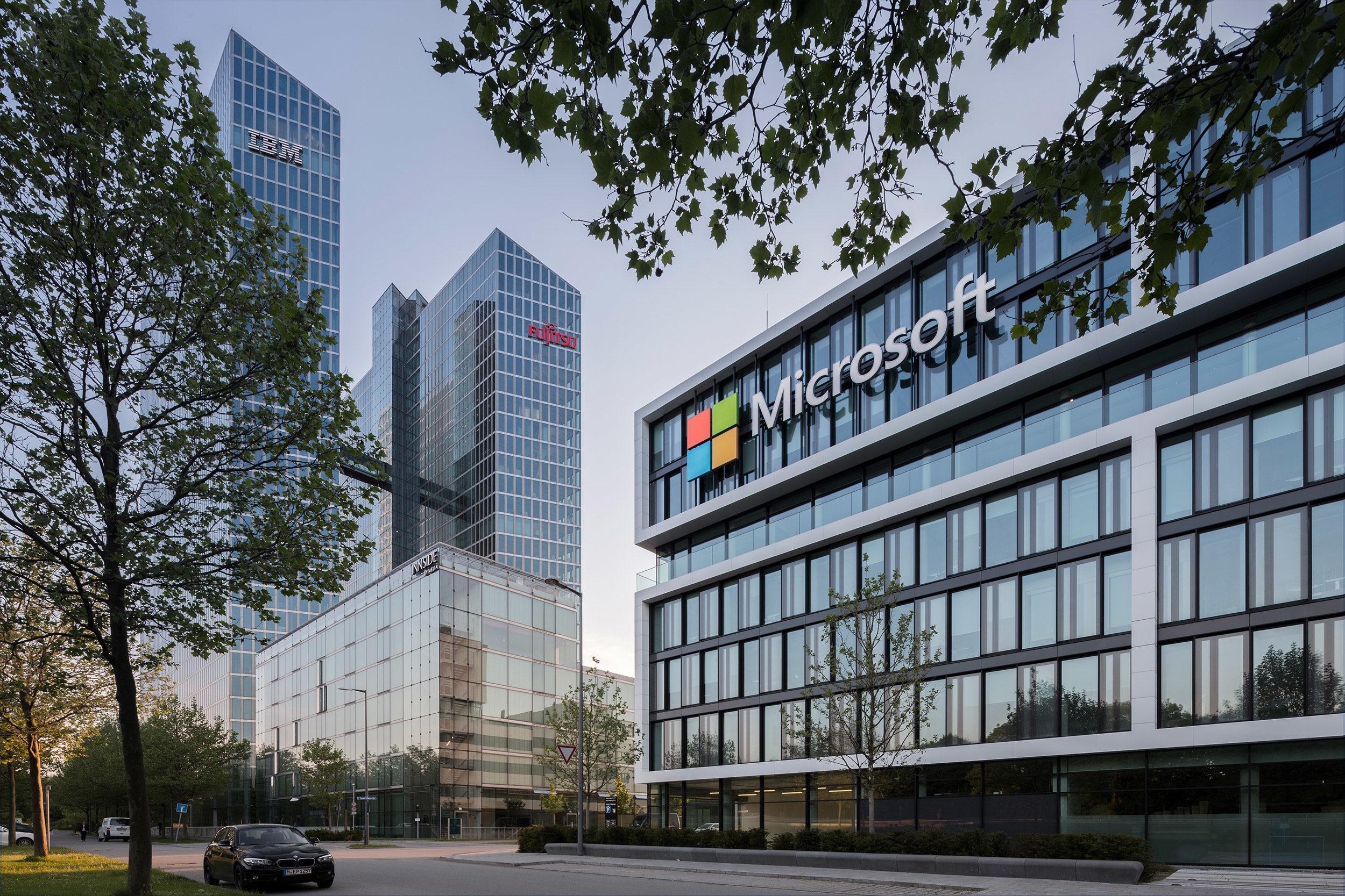 Microsoft sfida Google e le chiede di pagare il giornalismo