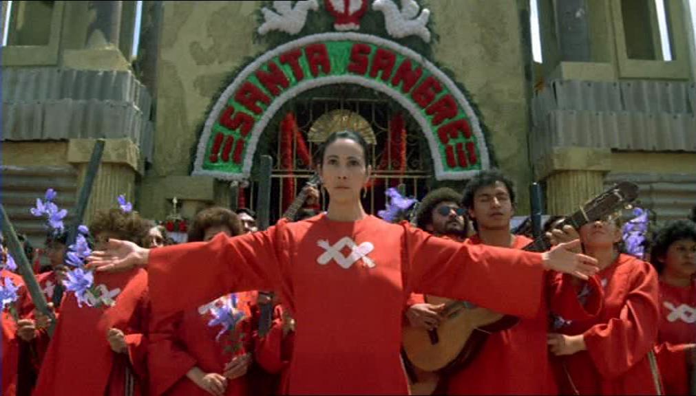 Santa Sangre torna al cinema, ecco una clip in esclusiva dal film