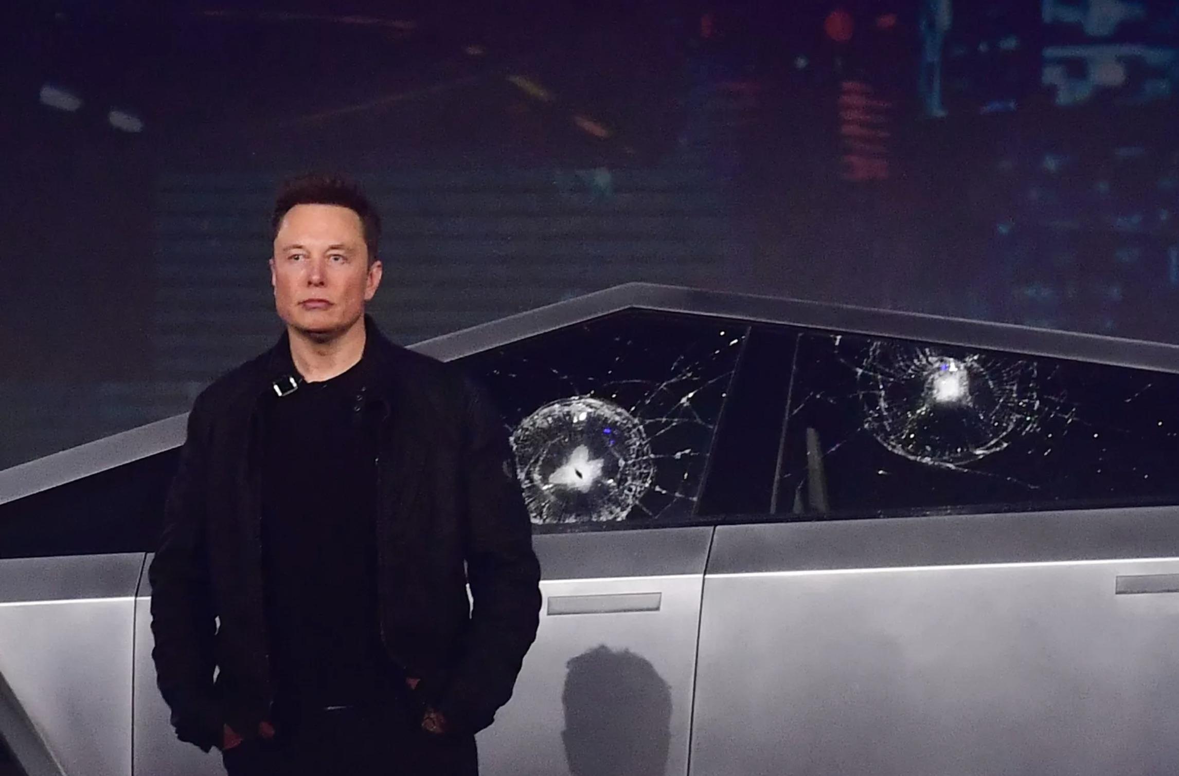 Tesla Cybertruck: le prime consegne saranno veramente a fine 2021? Sembra sempre più improbabile