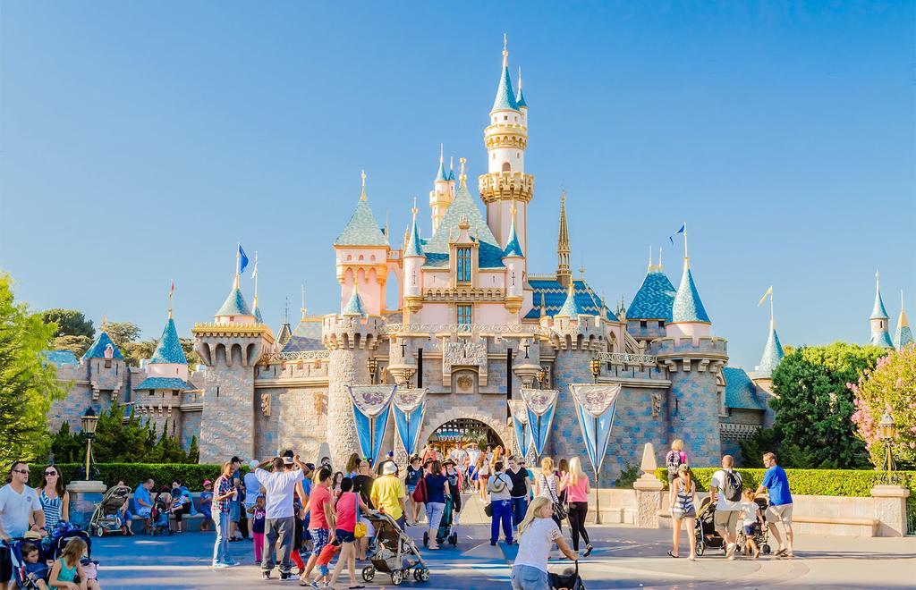Disneyland ha programmato la riapertura per il 17 luglio