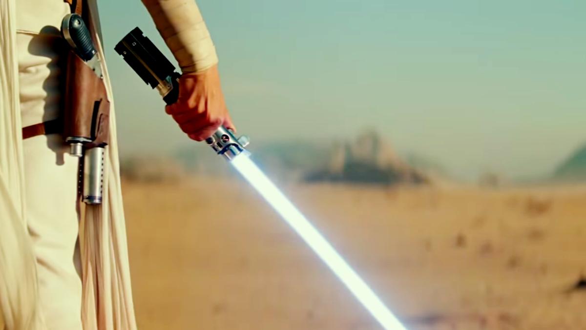 Spada laser: Disney sta lavorando a una replica con lama retrattile
