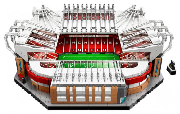 Ufficiale il set LEGO Creator Expert 10272 Old Trafford ...