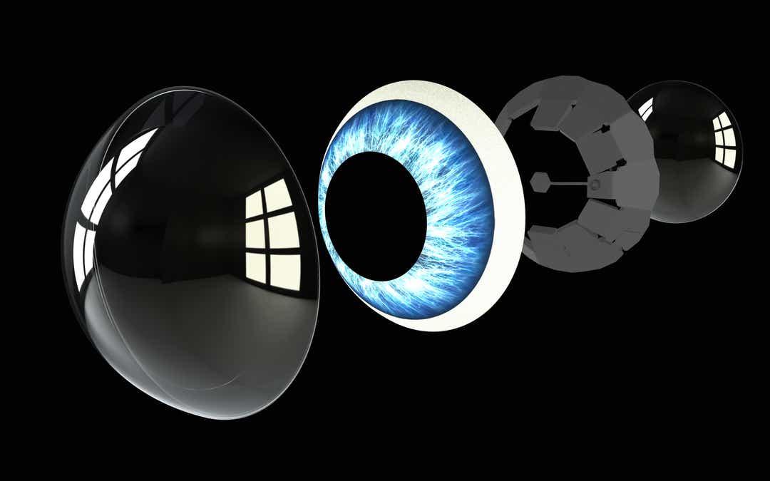 Lenti a contatto intelligenti: realtà aumentata nel campo visivo dell'utente