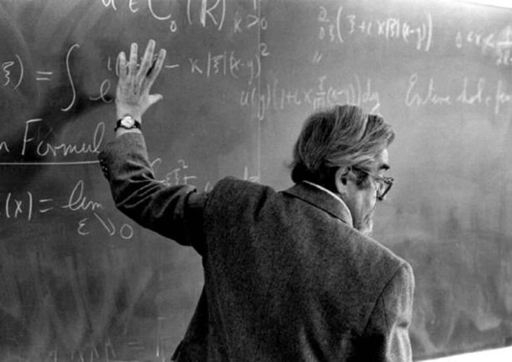 Morto Louis Nirenberg matematico canadese conosciuto per l'analisi matematica