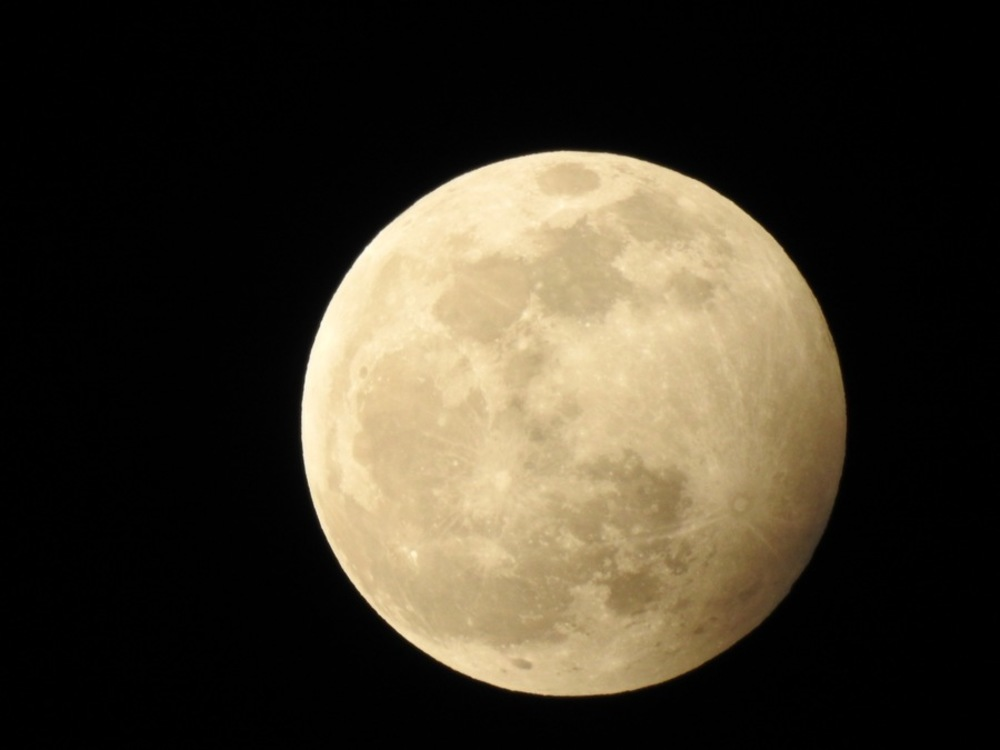 Cina, in settimana la spedizione per raccogliere 2kg di Luna