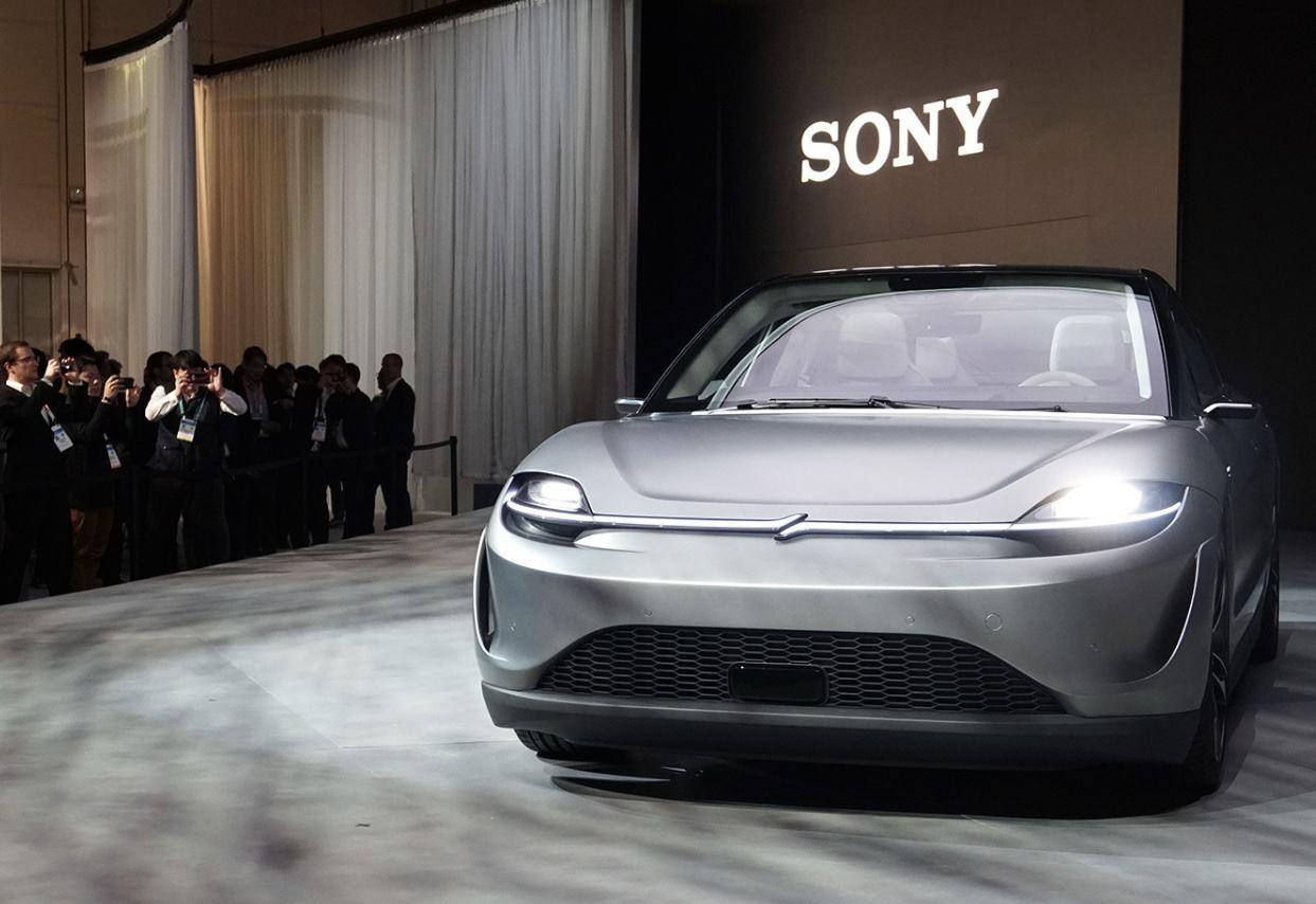 Sony Vision S: l'avveniristica concept car si mostra in azione (video)
