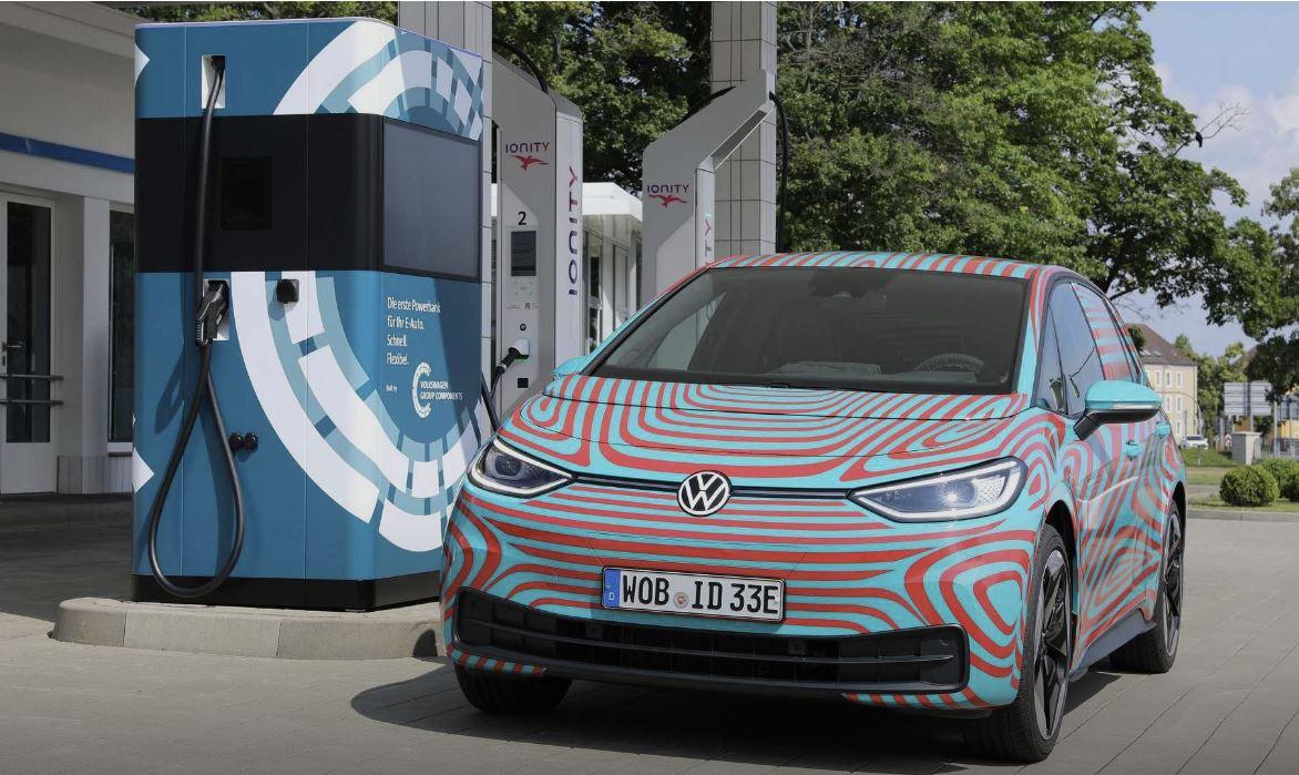 Auto elettriche, la Germania investe 5,5 miliardi di euro nella rete di ricarica